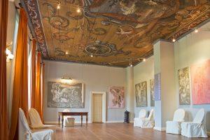 gutshaus-ludorf-barocksaal-ausstellung